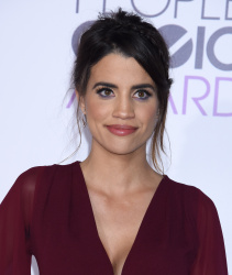 Natalie Morales - 2016 People's Choice Awards @ Microsoft Theater in Los Angeles - 01/06/16