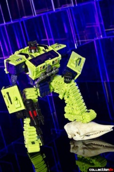 [Toyworld] Produit Tiers - Jouet TW-C Constructor aka Devastator/Dévastateur (Version vert G1 et jaune G2) - Page 4 U9rWGoN6