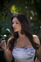 Дениз Милани, фото 5242. Denise Milani In The Garden :, foto 5242