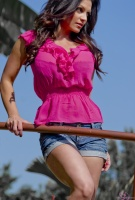 Дениз Милани, фото 5824. Denise Milani Out In Pink :, foto 5824