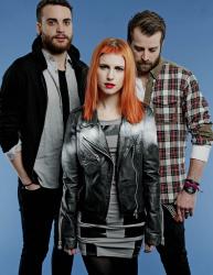 Paramore (Hayley Williams,  Jeremy Davis, Taylor York) - Chris McAndrew Photoshoot for The Guardian (February, 2013) - 35xHQ K2xeOYqC