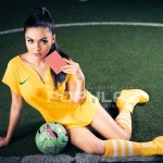 Vicky Shu Hot Pose Menantang Model Majalah Popular 2014 - wartainfo.com