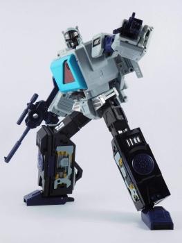 [KFC Toys] Produit Tiers - Jouet Transistor (aka Blaster/Tempo) + DoubleDeck (Twincast) + Fader (aka Eject/Éjecteur) + Rover (aka Autoscout) - Page 2 IOjaytei