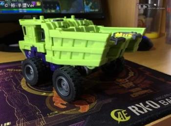 [Toyworld] Produit Tiers - Jouet TW-C Constructor aka Devastator/Dévastateur (Version vert G1 et jaune G2) - Page 6 ZGWZglus