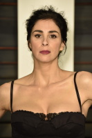 """Sarah Silverman """"2015 Vanity Fair Oscar Party hosted by Graydon Carter at Wallis Annenberg Center for the Performing Arts in Beverly Hills"""" (22.02.2015) 43x   VS9vjXmy"""