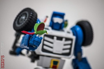 [X-Transbots] Produit Tiers - Minibots MP - Gamme MM - Page 6 Wtiavitr