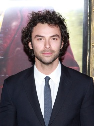 Aidan Turner - 'The Hobbit An Unexpected Journey' New York Premiere, December 6, 2012 - 50xHQ AOQe9NLn