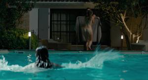 Alicia Endemann, Valérie Karsenti @ Ma Famille t'adore déjà (FR 2016) [HD 1080p]  PxYPwQGp