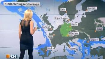 Miriam Pede - N24 - Allemagne  AdhNKLCc