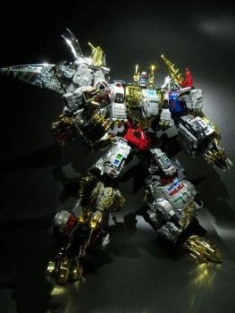 [Toyworld][ZetaToys] Produit Tiers - Jouet TW-D aka Combiner Dinobots - Page 2 86AZaXha