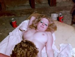 Nackt  Lilly Peep Bi Melania Trump's