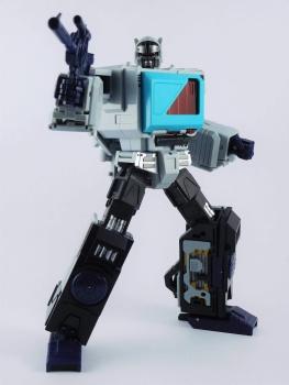 [KFC Toys] Produit Tiers - Jouet Transistor (aka Blaster/Tempo) + DoubleDeck (Twincast) + Fader (aka Eject/Éjecteur) + Rover (aka Autoscout) - Page 2 SFG0WMkp