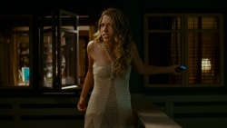 Sarah Roemer | Disturbia - Screen Caps