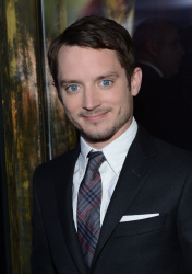 Elijah Wood - 'The Hobbit An Unexpected Journey' New York Premiere benefiting AFI at Ziegfeld Theater in New York - December 6, 2012 - 18xHQ 5HyCN5Tr