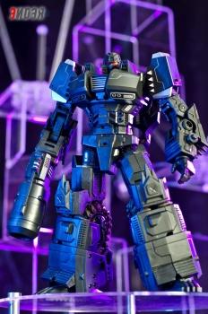 [Mastermind Creations] Produit Tiers - Reformatted R-13 Spartan (aka Impactor) des Wreckers + R-14 Commotus (aka Turmoil) - IDW PH1awDxm