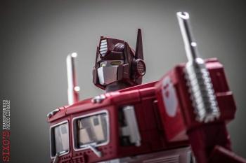 [Masterpiece] MP-10B | MP-10A | MP-10R | MP-10SG | MP-10K | MP-711 | MP-10G | MP-10 ASL ― Convoy (Optimus Prime/Optimus Primus) - Page 4 WJfUBYhP