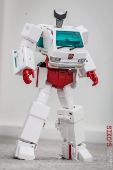 [Masterpiece] MP-30 Ratchet/Mécano - Page 2 XItt8Bd7