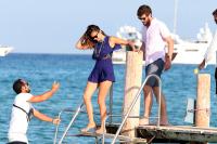 Nina Dobrev with her boyfriend Austin Stowell in Saint-Tropez (July 24) 3y1xz3SD