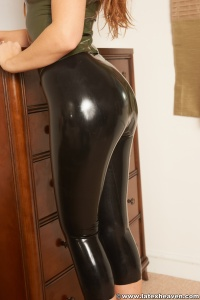 Tags (Genre):  Leather, Latex, Rubber, Shiny Clothes