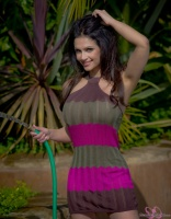 Дениз Милани, фото 5155. Denise Milani Watering the garden :, foto 5155