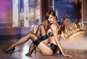 Karlie Kloss | Victoria Secret Holiday Lingerie