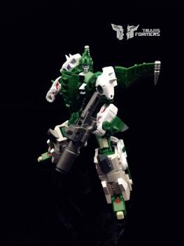 [FansProject] Produit Tiers - Jouet Saurus Ryu-oh aka Dinoking (Victory) | Monstructor (USA) - Page 2 FlEsXf9R