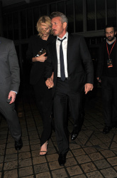 Sean Penn - Charlize Theron and Sean Penn - seen leaving Royal Festival Hall. London - February 16, 2015 (153xHQ) ULXfZV2e