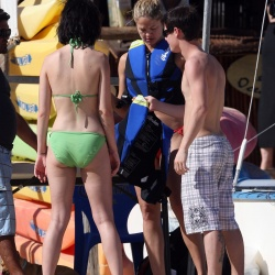 Katy Perry green bikini 4