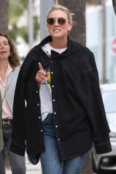 Kaley Cuoco - After lunch out in Beverly Hills 5/25/17