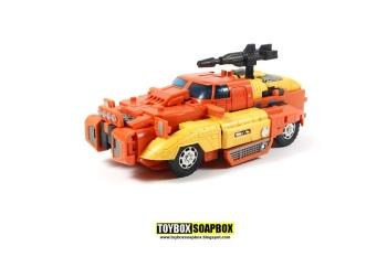 [Unique Toys] Produit Tiers - Jouet Y-03 Sworder - aka Sandstorm/Siroco - Page 2 3IrrktSm