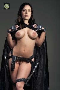 Summer Glau desnuda - Fotos y Vídeos -