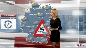 Tina Kraus - ntv - Allemagne AczGum1M