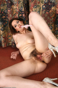 Tags (Genre): Shaggy, Hairy, Pussy, Unshaved