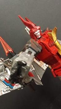 [Fanstoys] Produit Tiers - Dinobots - FT-04 Scoria, FT-05 Soar, FT-06 Sever, FT-07 Stomp, FT-08 Grinder - Page 5 DzzRIz7E