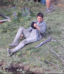 Tom Cruise - on the set of 'Oblivion' in Mammoth Lakes, California - July 11, 2012 - 18xHQ 8KSCsH8u