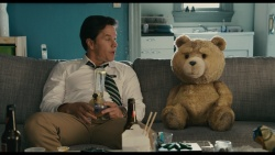 Ted (2012) Blu-ray.CEE.1080p.AVC.DTS.5.1-HDCLUB *dla EXSite.pl*