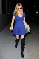 Heather Graham - leaving Crossroads Vegan restaurant in West Hollywood - 03/09/14