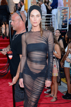 Erin Wasson  - 2013 MTV Video Music Awards in NY (august 25)