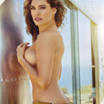 Gatas QB - Kelly Brook Official 2016 Calendar