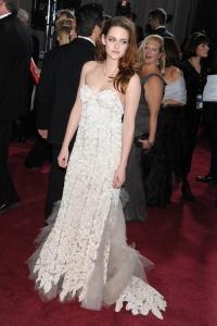 Kristen Stewart - Imagenes/Videos de Paparazzi / Estudio/ Eventos etc. - Página 31 Add8YdRN