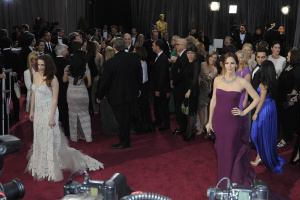 Kristen Stewart - Imagenes/Videos de Paparazzi / Estudio/ Eventos etc. - Página 31 Adwfm3Bk