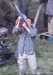 Tom Cruise - on the set of 'Oblivion' in Mammoth Lakes, California - July 11, 2012 - 18xHQ UrS3ACXU