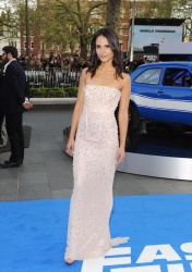 Jordan Brewster | white dress | Fast & Furious 6 UK Premiere |07.05.2013 | 13hq