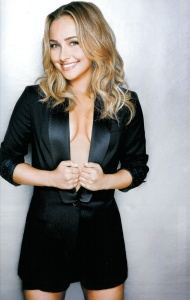 Hayden Panettiere - Gilles Toucas Photoshoot 2009