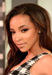 Tinashe - 2015 MTV Video Music Awards @ Microsoft Theater in Los Angeles - 08/30/15