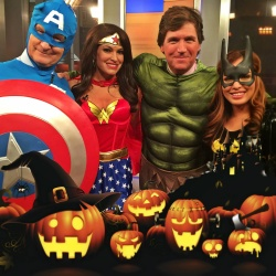 Kimberly Guilfoyle Dressed as Wonder Woman - 10/31/14