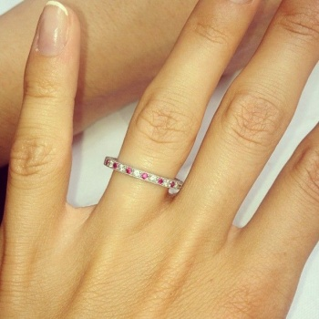 Millie Mackintosh first wedding ring publication on Twitter
