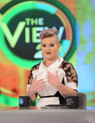 Kelly Osbourne - The View: April 25th 2017