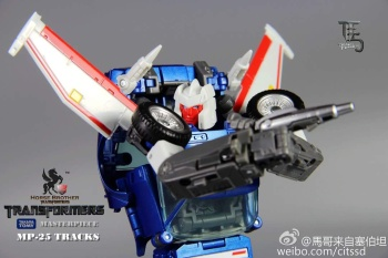 [Masterpiece] MP-25 Tracks/Le Sillage - Page 3 IByiU6yh