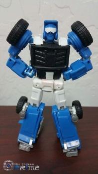 [X-Transbots] Produit Tiers - Minibots MP - Gamme MM - Page 4 OD6ncjZw